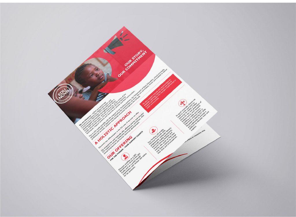 edunova brochure mockup